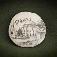 Pécs,-Dzsámi--kő-ajándéktárgy