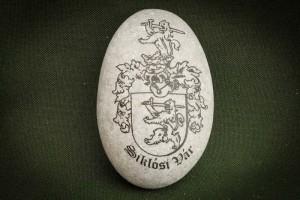 Siklósi-vár-címere---kő-ajándéktárgy