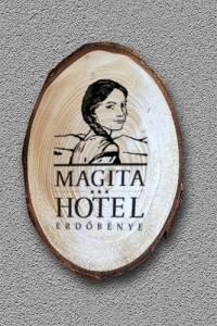 Kereszt-Média Kft. Magita Hotel fa hűtőmágnes